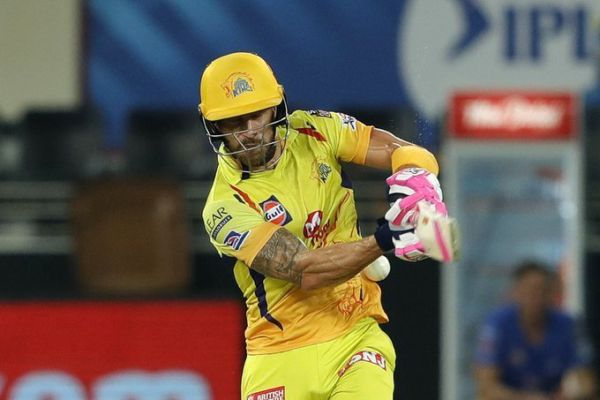 IPL 2020: CSK Face injury Concern After Faf du Plessis is Spotted with Ice Pack