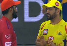 Photo of MS Dhoni gives Tips to KL Rahul After CSK-KXIP Clash: Watch Video