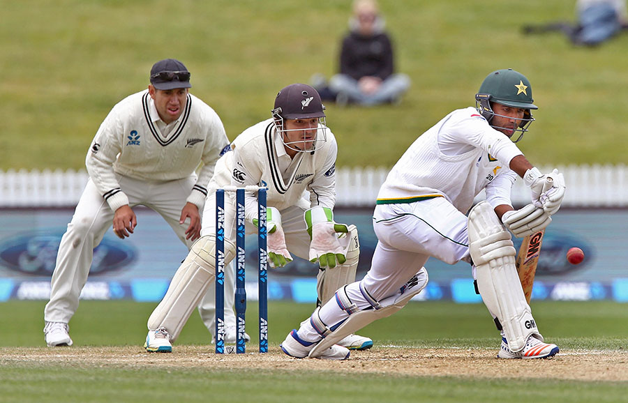 New Zealand thrash Pakistan by an innings and 176 runs to whitewash series